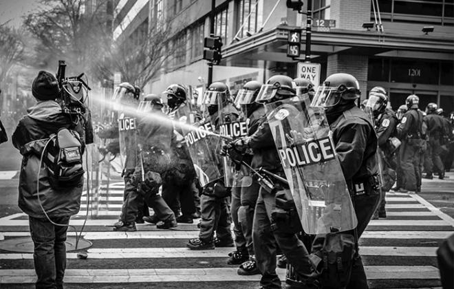 local-records-office-protest-la-ca-2020-compressor