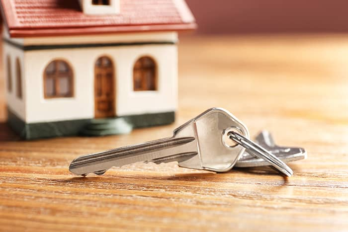 local-records-office-buyers-drive-up-home-prices-housing-market-sell-quickly (1)